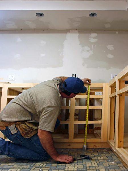 Chuẩn bị đóng tủ bếp gỗ công nghiệp