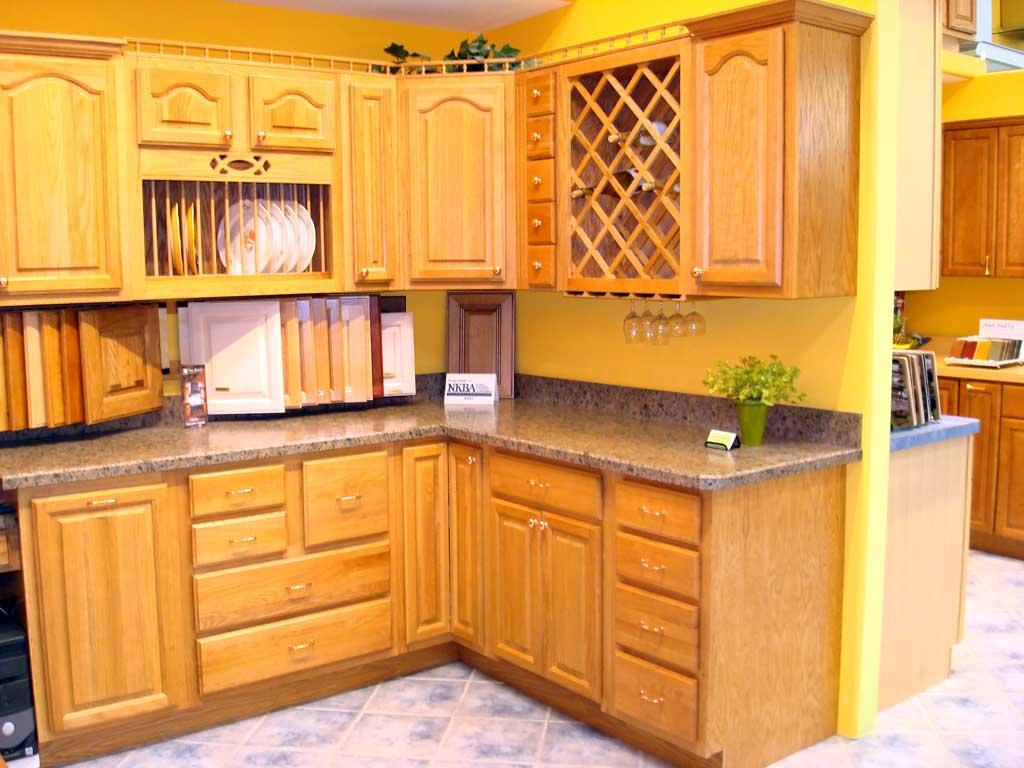 Tủ bếp gỗ xoan đào hình chữ L
