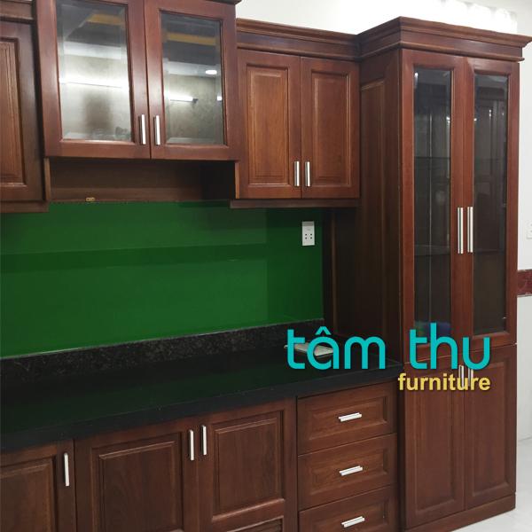 tủ bếp gỗ PhHuyIch c